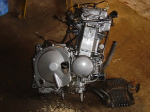 Kawasaki ZZR600 Engine from Broken Motorcycle