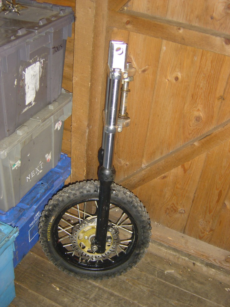 Front forks and wheel from Pit Bike Thumpster 110-125-140cc motor bike breaking