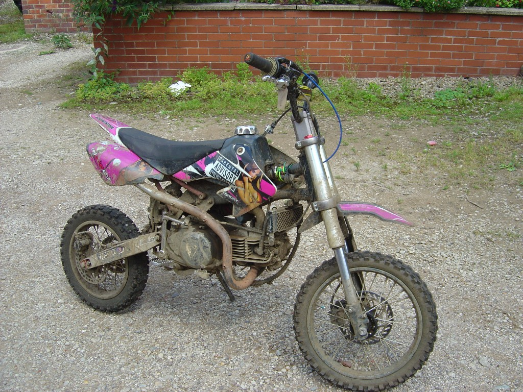 Pit Bike 110cc motor bike breaking