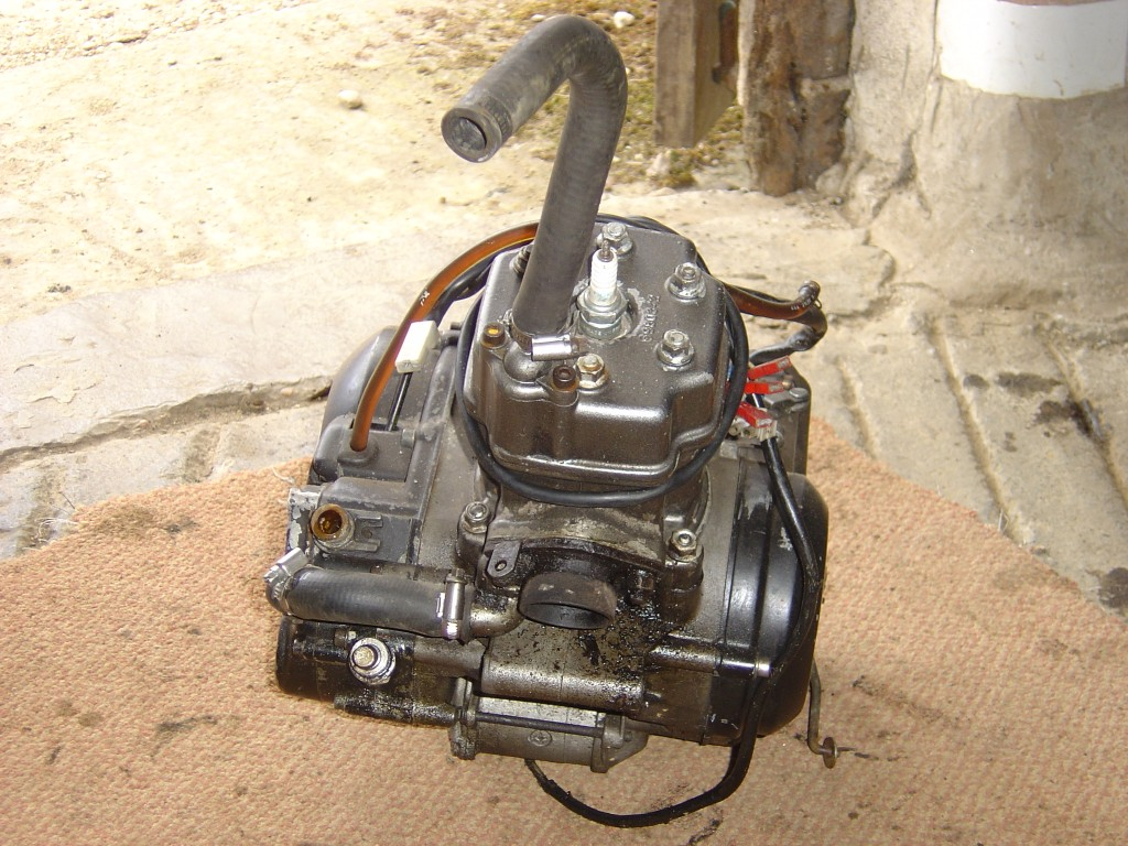 Gilera AR125 Engine Top Motor Cycle Breaking for spare parts