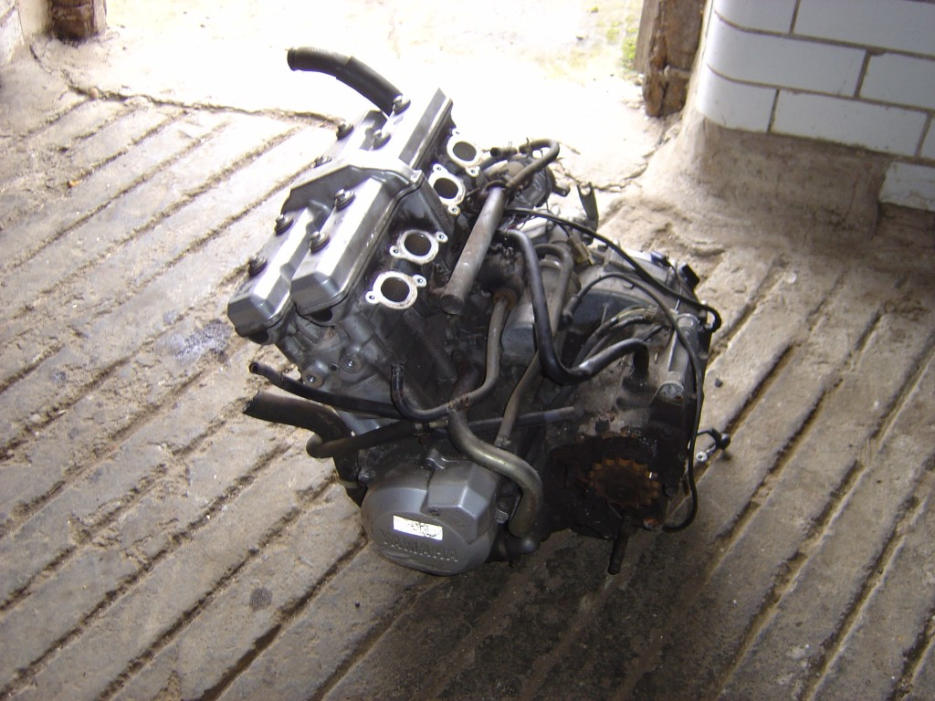 Yamaha Thundercat YZF600 1998 LHS 600cc Engine Motor Cycle Breaking