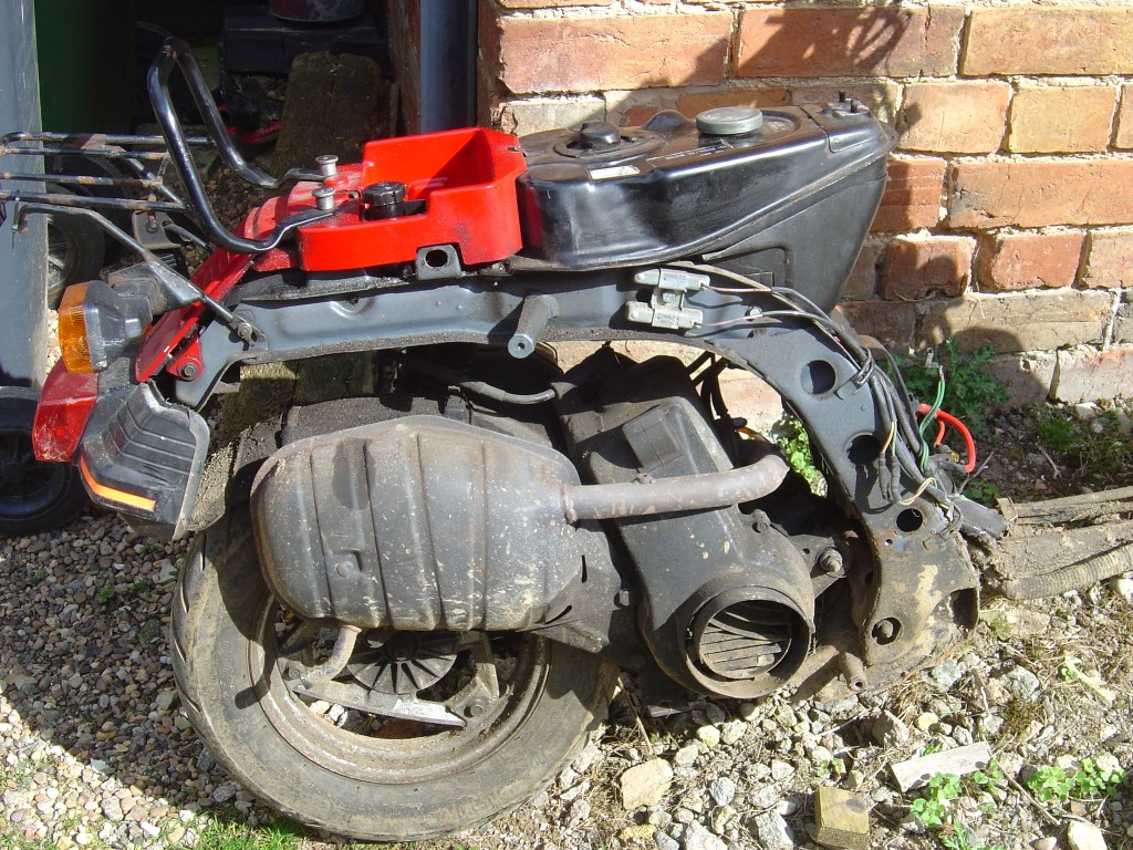 Honda DX80 RHS rear Motor Cycle Breaking for spare parts