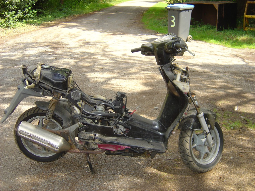 Honda Dylan 125 LHS Motor Cycle Scooter Breaking for spare parts