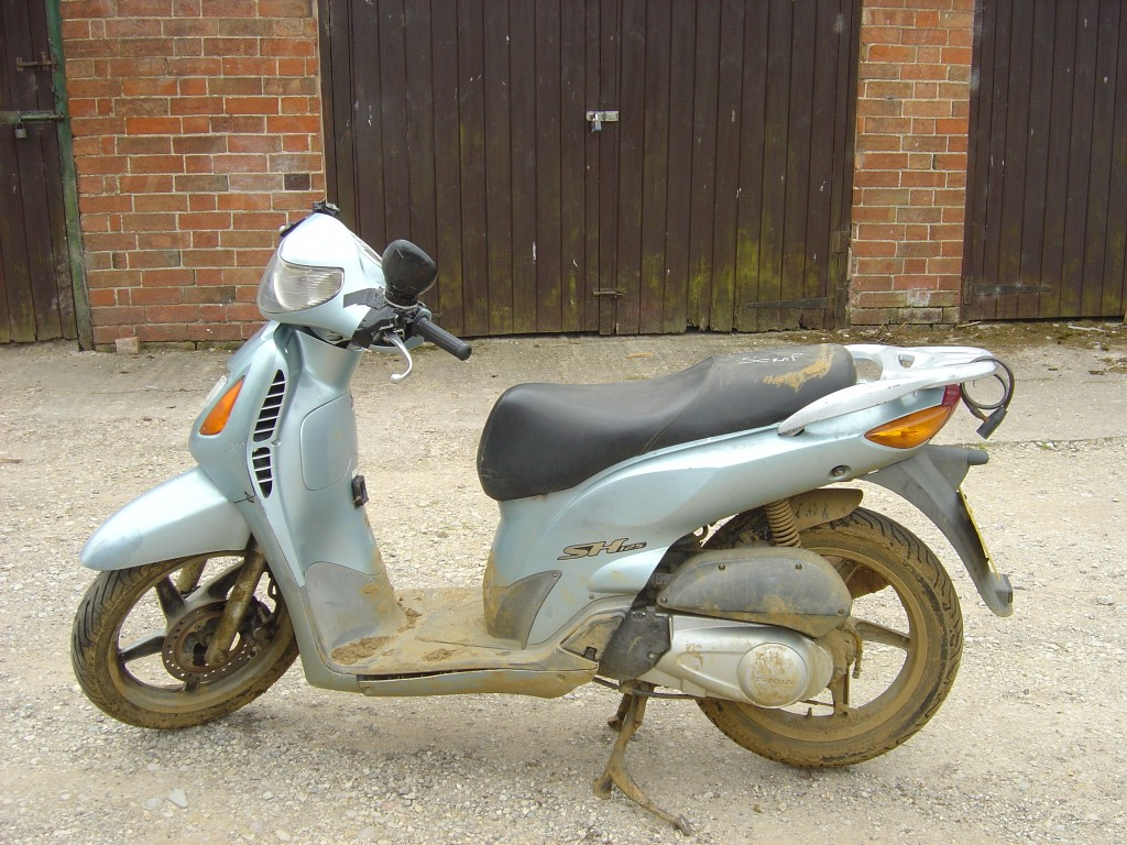 Honda SH125 125cc Scooter Breaking for Spare Parts