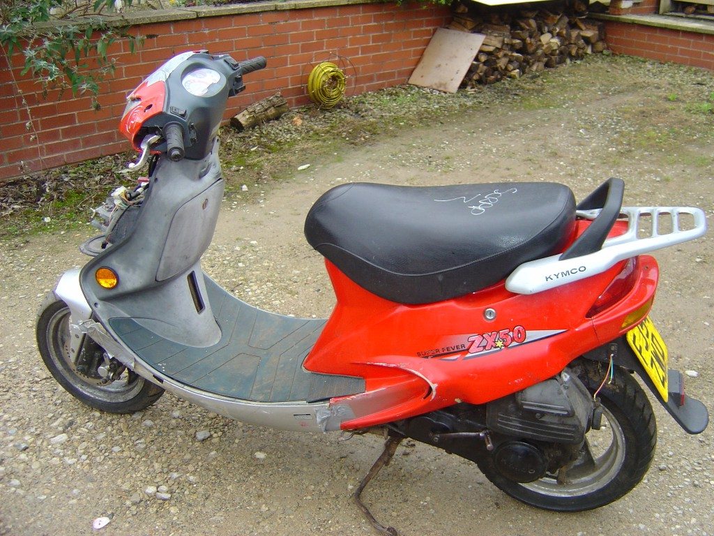 Kymco ZX50 Scooter Breaking for Spare Parts