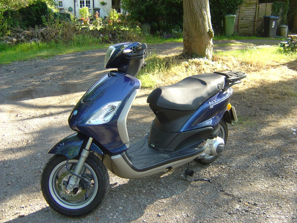 Piaggio 125 LHS1 Motor Cycle Scooter Breaking for spare parts