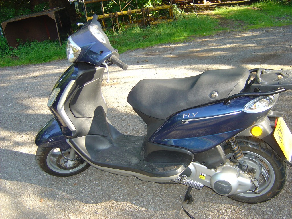 Piaggio 125 LHS3 Motor Cycle Scooter Breaking for spare parts