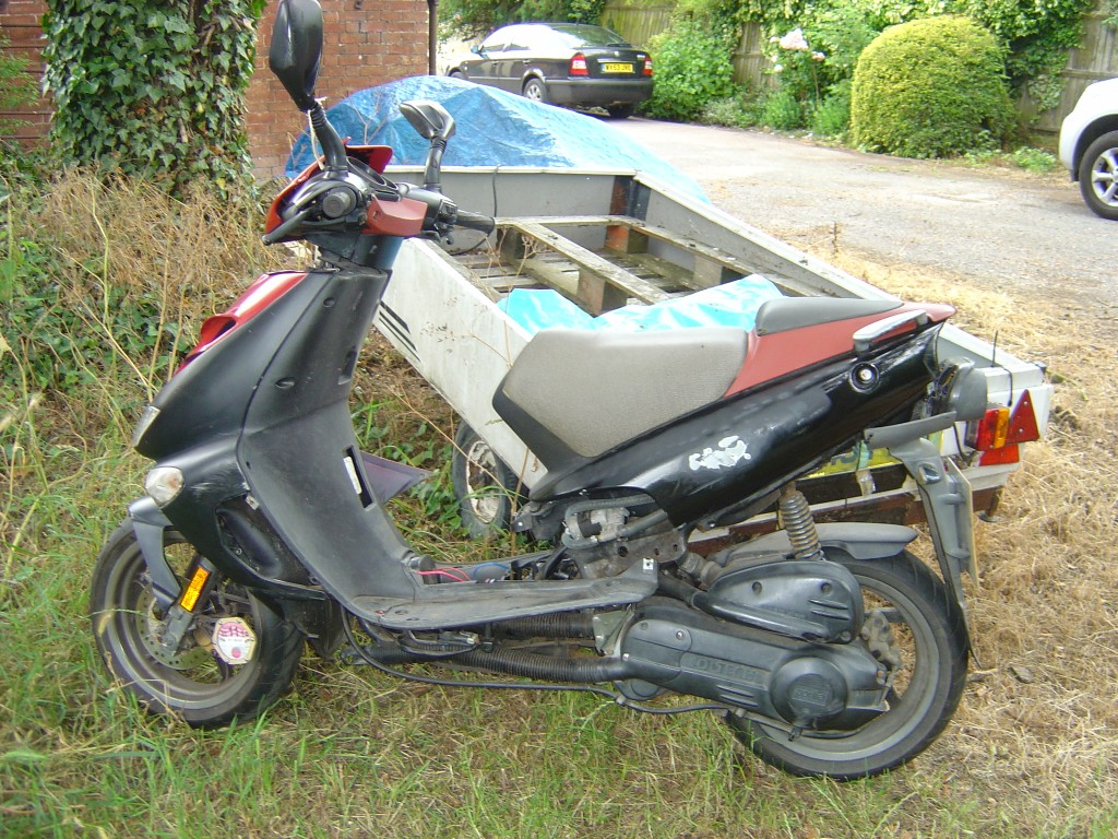 Scooter 50 LHS Motor Cycle Scooter Breaking for spare parts