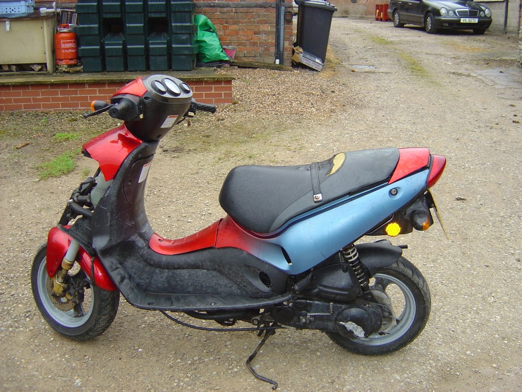 Suzuki Zillion 50 LHS Motor Cycle Scooter Breaking for spare parts
