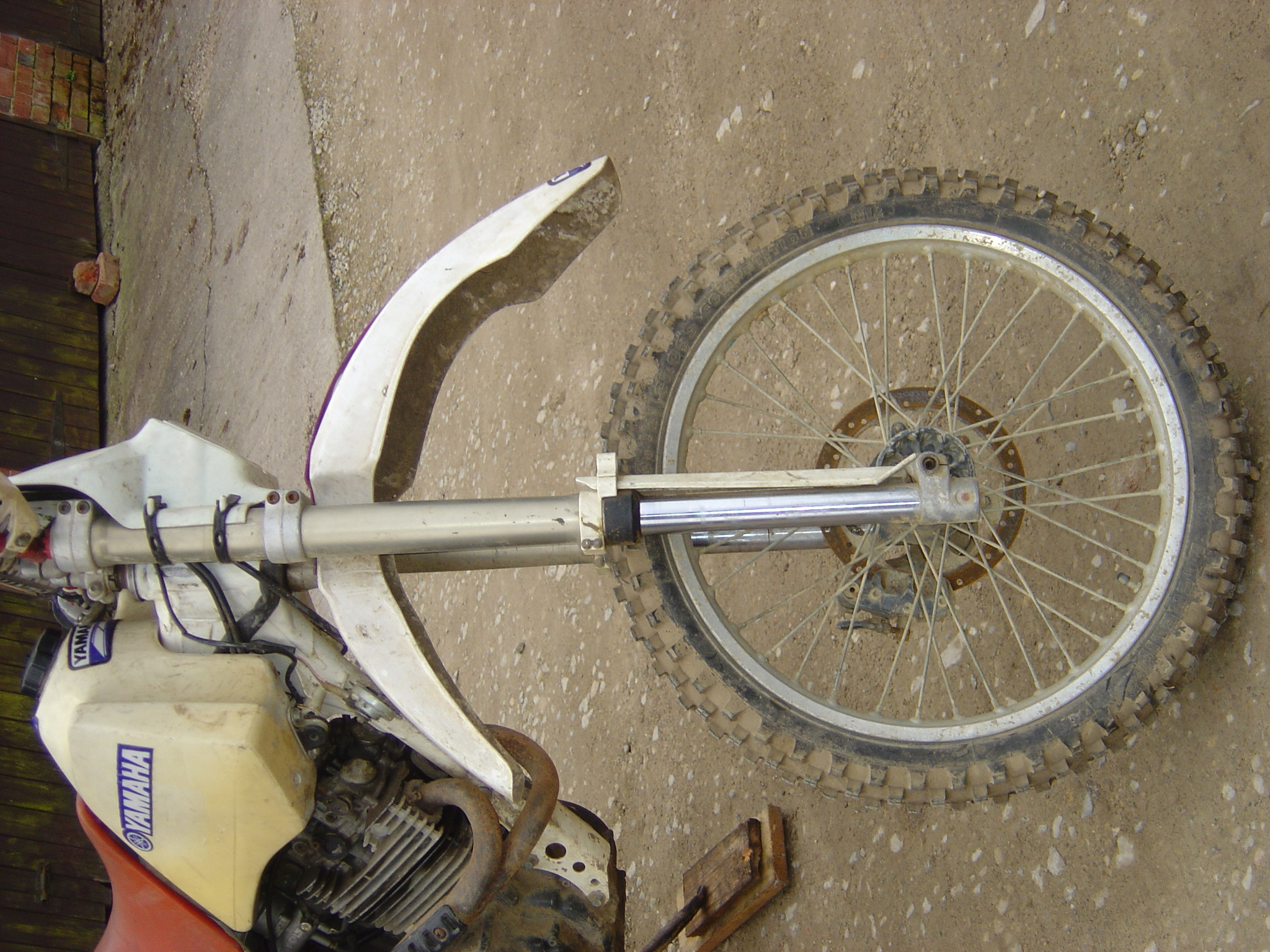 Yamaha dtr 125 motor cycle trails bike breaking for for Colorado motorized bicycle laws
