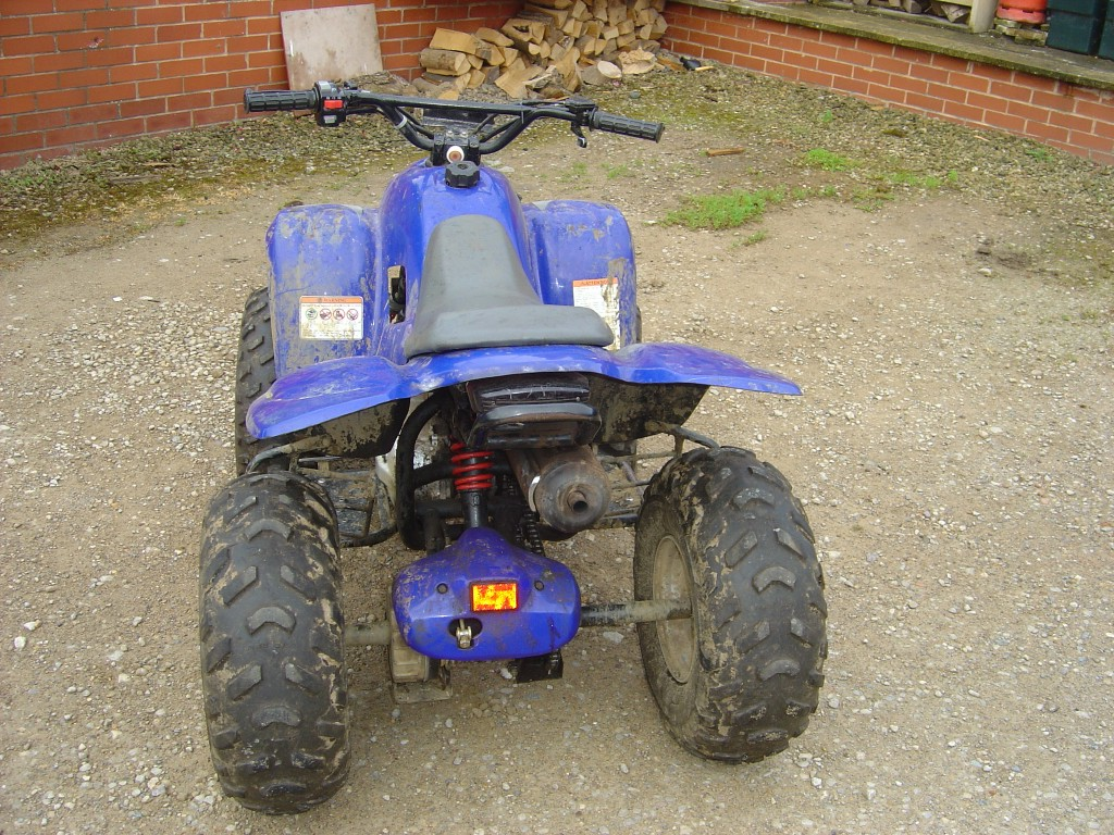 Apache-100-Quad-Bike-Breaking-for-Spare-Parts-rear-Side