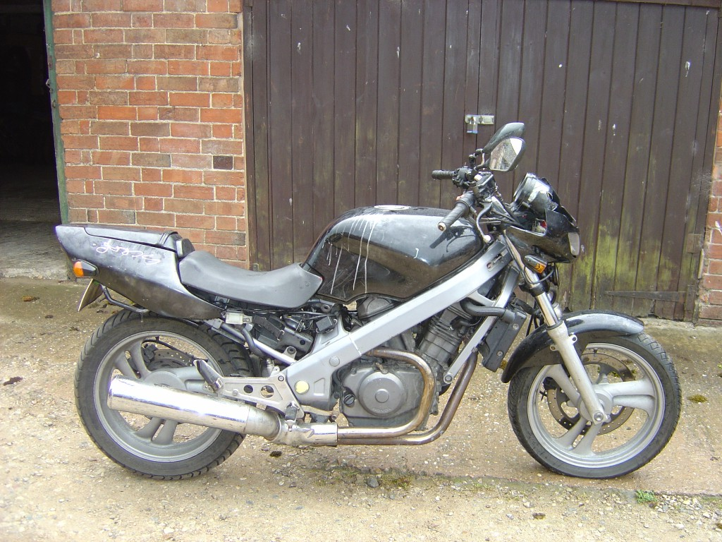 Honda NTV650 RHS Motor Cycle Breaking for spare parts