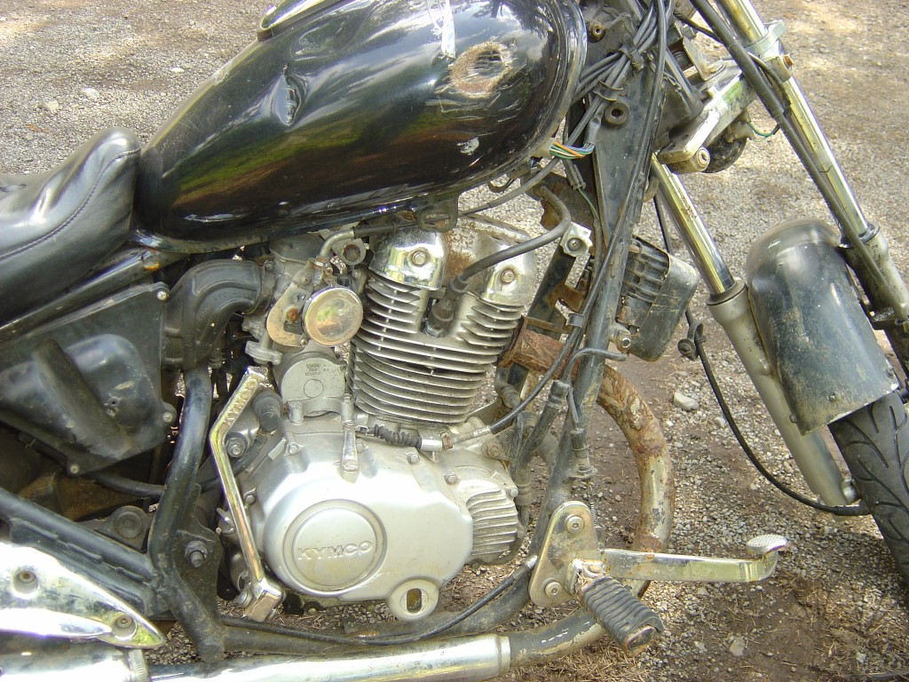 Kymco 125 Engine RHS Motor Cycle Breaking for spare parts