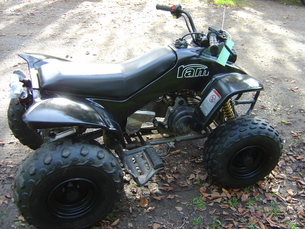 Quadzilla Ram 100 Quadbike RHS Motor Cycle Quad Bike Breaking for spare parts