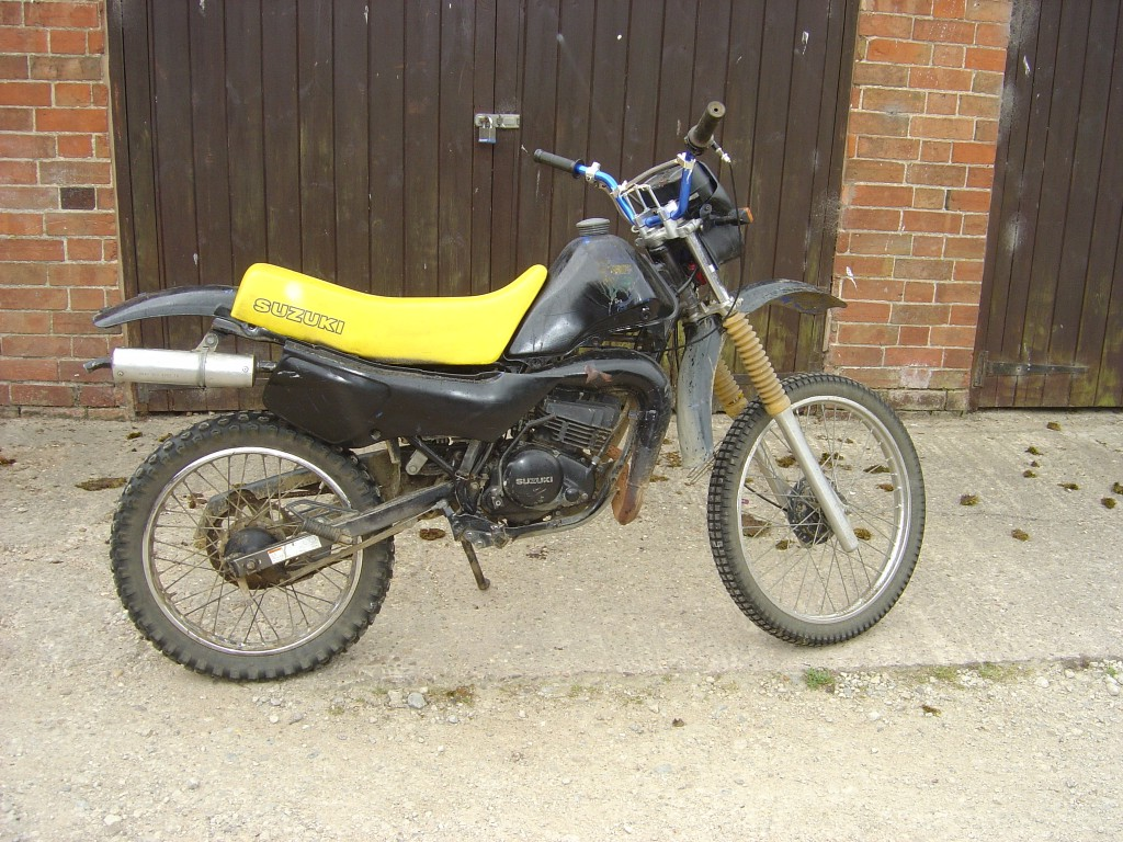 Suzuki TS50 RHS Motor Cycle Breaking for spare parts